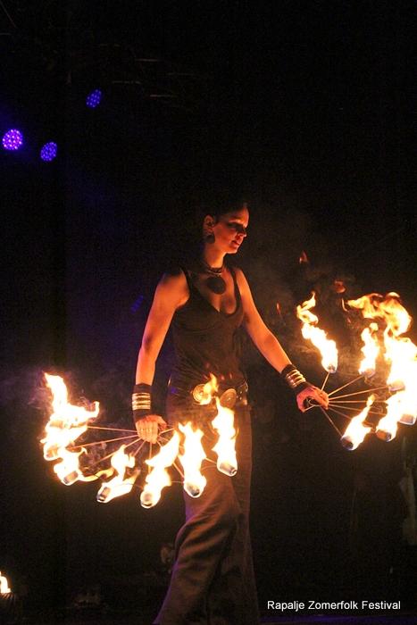 KijkopNoorderland-Rapalje-Zomerfolk-Festival- 1-6-2013 22-57-40