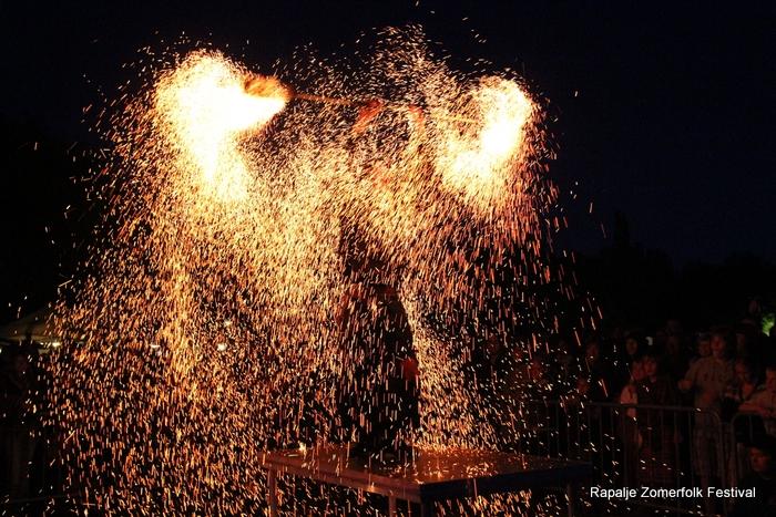 KijkopNoorderland-Rapalje-Zomerfolk-Festival- 1-6-2013 23-07-37