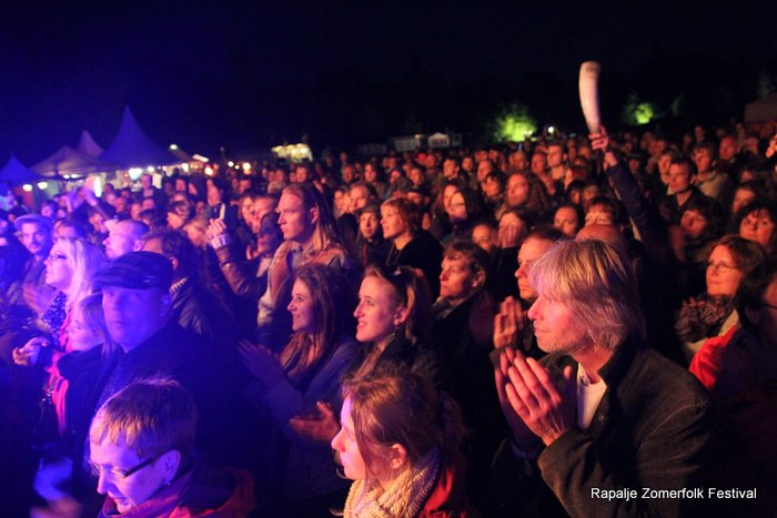 KijkopNoorderland-Rapalje-Zomerfolk-Festival- 1-6-2013 23-39-49